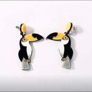 Jewelry - Toucan bird earring set